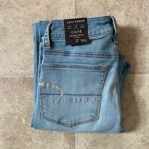 American Eagle SKINNY KICK Jeans Size 2 Inseam 30